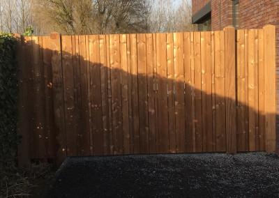 Dubbele poort met vaste luiken